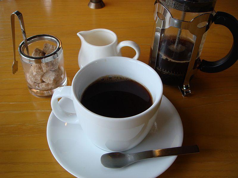 Dsc02857 こちらはストレートのコーヒーになります。深煎りということで、コーヒー本...